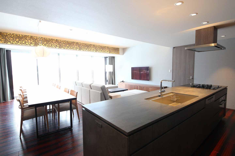 Aya Niseko 3 Bedroom Apartment Dining Room